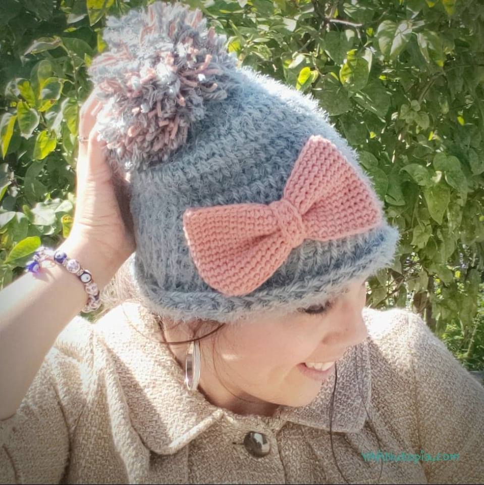 Crochet comfortable winter hats. Detailed diagram with photo and description for beginners
